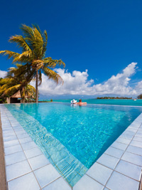 Luxury villas in mauritius for your holidays island 39 s edge for Swimming pool mauritius
